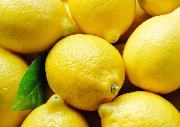 Pæn hud med citron drik