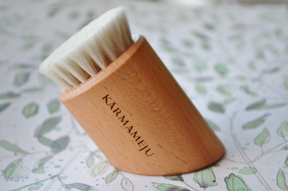 Karmameju renew ansigtstørbørste