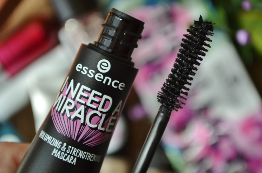 essence efterår 2018 10 i need a miracle mascara