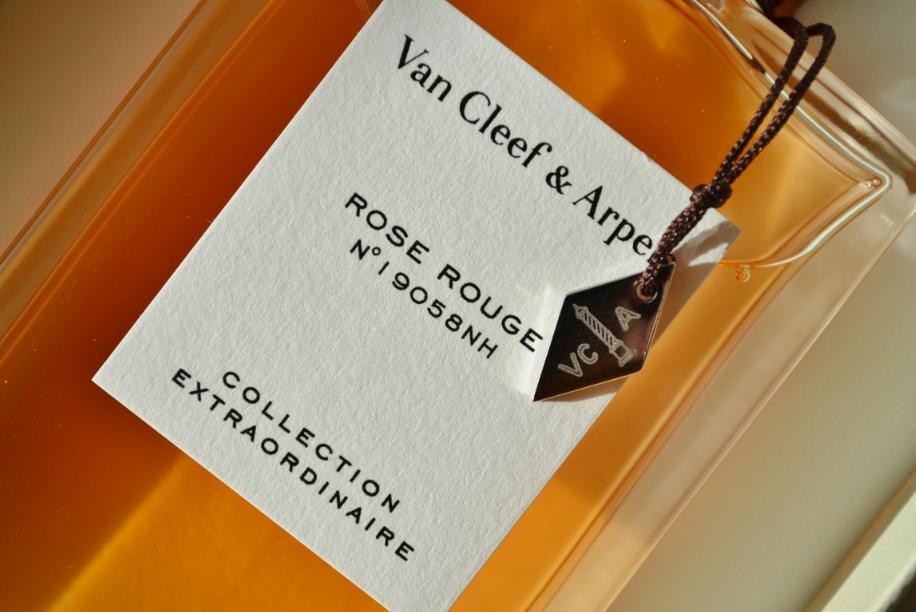 Van Cleef & Arpels Rose Rouge 3