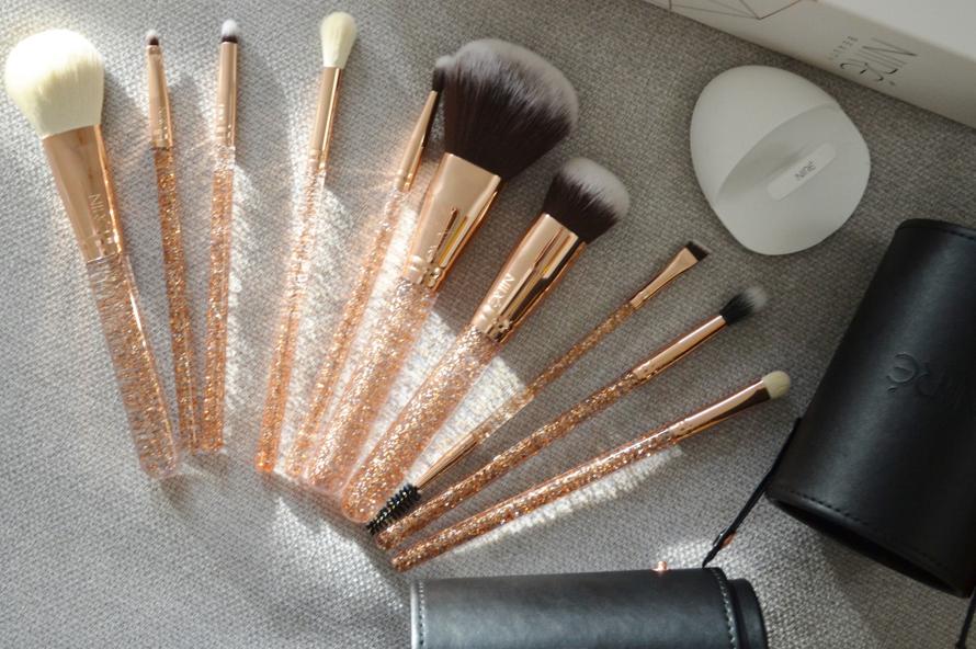Niré Beauty Essential Glow Set Glitter Editon 9
