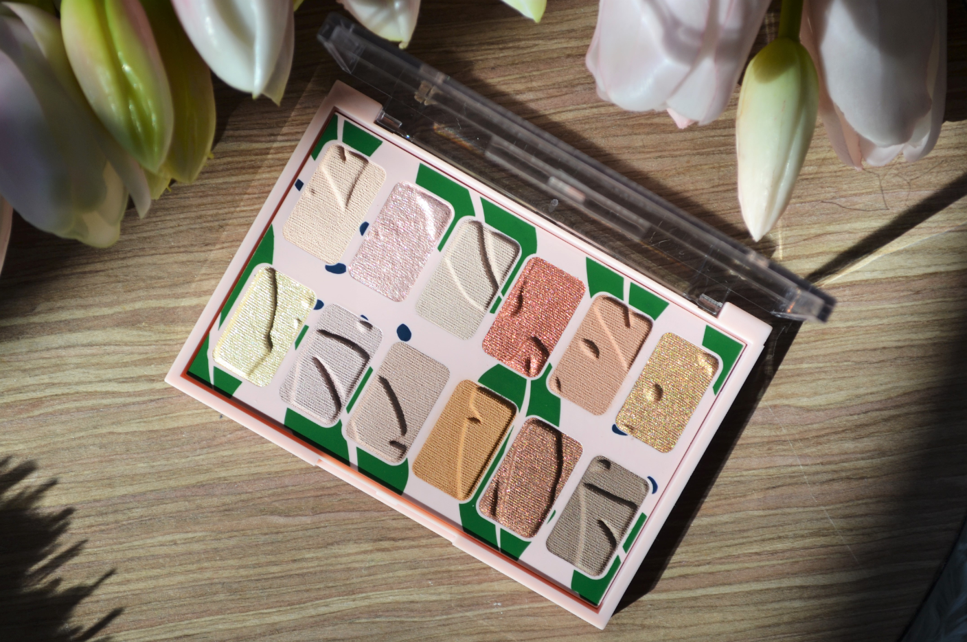 The Body Shop Own Your Naturals palette 1